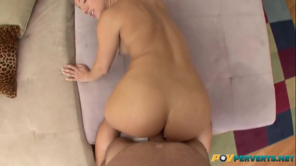 Young, Anal gape