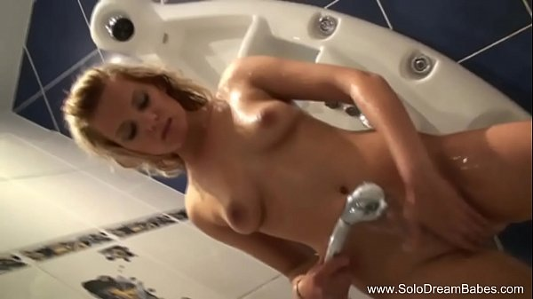 Take a shower, Solo girl