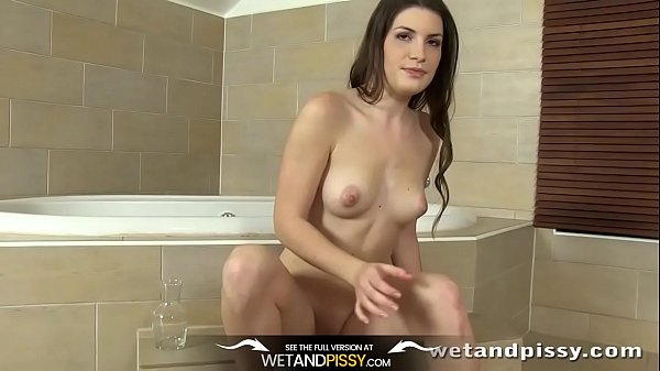 Girl pee, Wet, Girl piss