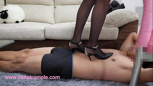 Chinese femdom, Foot, Chinese foot, Trample, Foot femdom, China femdom