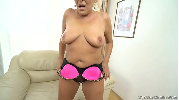 Granny, Mommy, Old mature, Oldandyoung, Granny bbw