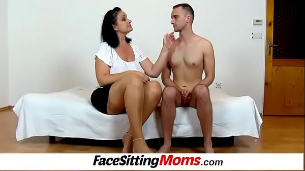 Facesitting, Lady boy, Old mature, Mature mom