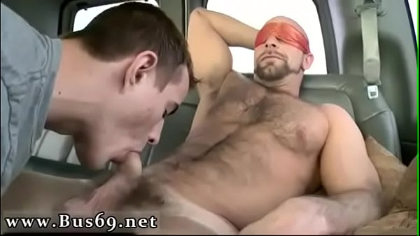 Bus, Muscle hunks